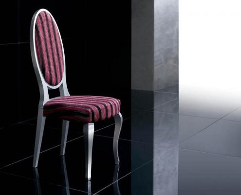Silla clasica tapizada Tifon